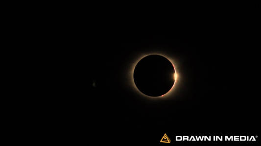 Total Eclipse with Diamond Rind